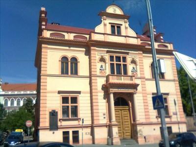 Pametní deska obetem 2. svetové války - Holešovice, Praha 7