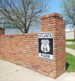 Midway on Illinois Route 66