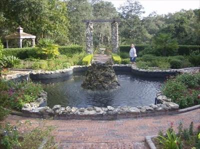 Ravine Gardens State Park Rose Garden Fountain Palatka Fla Fountains On