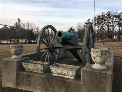 24 Pound Howitzer - Riverside Cemetery, Attica, IN