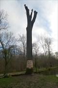 Image for Arbre sculpté, bois de Vincennes - Paris, France