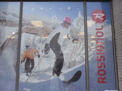 Boutique de sports hivers.