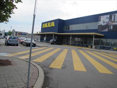 Ikea burlington ontario ikea on for Ikea hours of operation