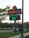 Applebees Sign - Temperature = 93 Degrees