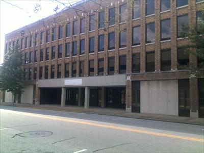 Auto hotel building evansville in u s national for Wright motors evansville indiana