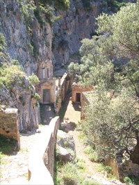 The monastery Agia Katholico on the Akrotiri pensinsula. Nice place somewhere in the mountains. ;)