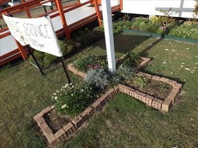 The cross-shaped garden beneath the wooden cross.0743, Wednesday, 20 December, 2017