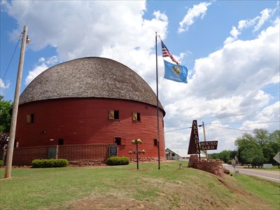 veritas vita visited Round Barn