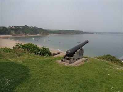 Castle Hill Cannon