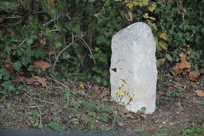Borne en bon état sur la commune de Montlouis sur Loire