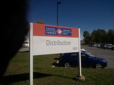 Bureau De Poste De Laval Laval Post Office H7p 0g8 Canada Post Offices On Waymarking Com