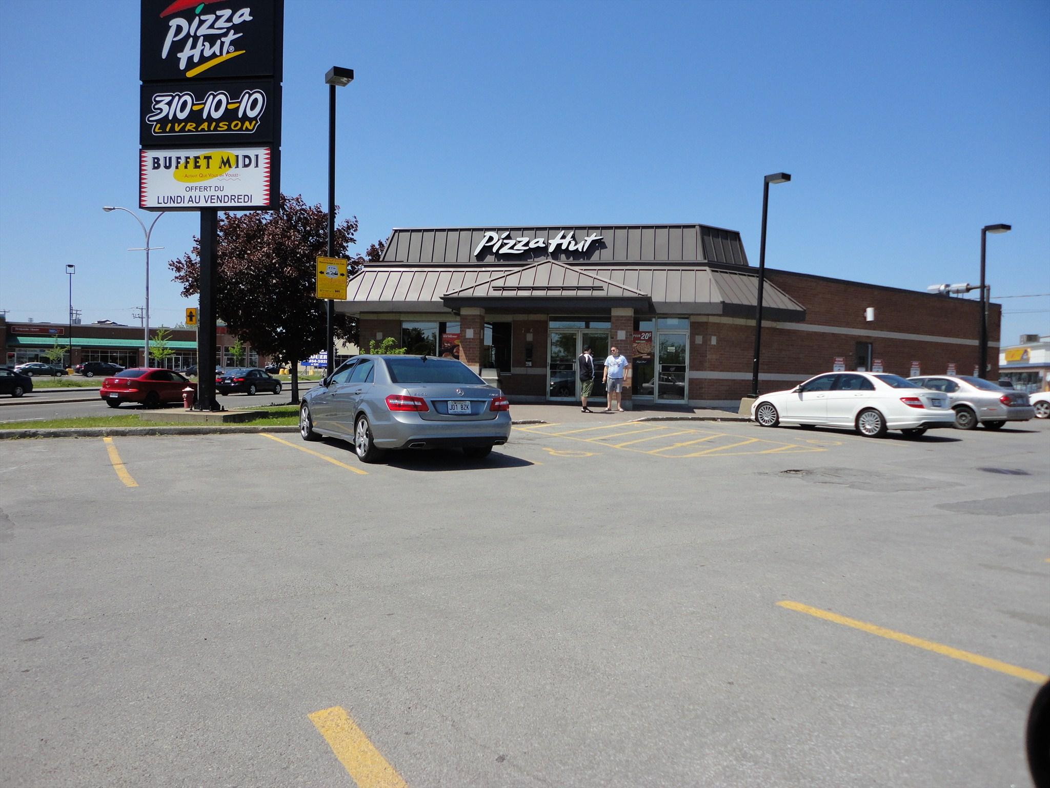 Pizza Hut Montréal Rue Langelier Image