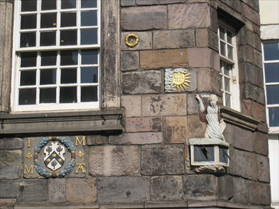 Sundial Edinburgh at John Knox House
