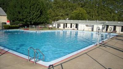 Etna Community Center Public Swimming Pools On