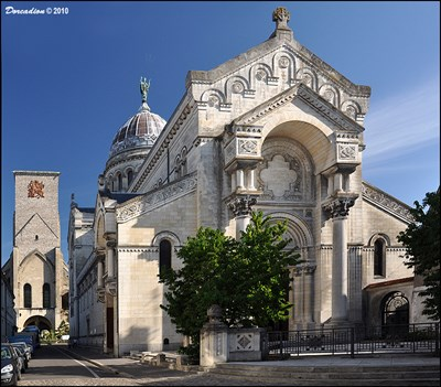 basilique saint martin de tours st martin basilica in tours