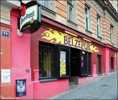 Belzepub prague zizkov pubs and inns on for Bar food zizkov