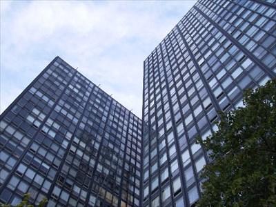 Ludwig Mies Van Der Rohe Lake Shore Drive Apts Chicago Il Usa