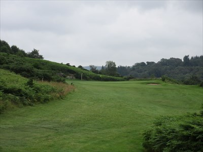 Long short hole surrounded by bracken on the highest point of the course.