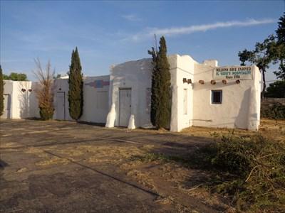 veritas vita visited El Vado Motel