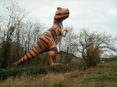 Dinosaur World Cave City Ky Giants Of Commerce On