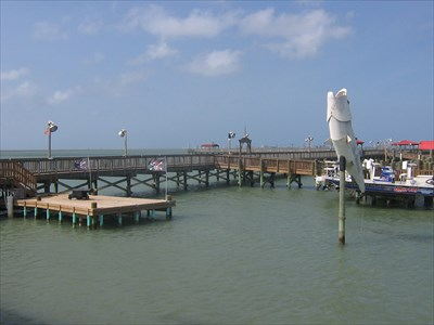 Fishing pier port isabel piers on for Port isabel fishing