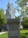 Image for La statue de Marie. -Ste-Flore. Grand-Mère -Québec.