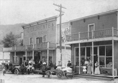 Lauriente's - 1914