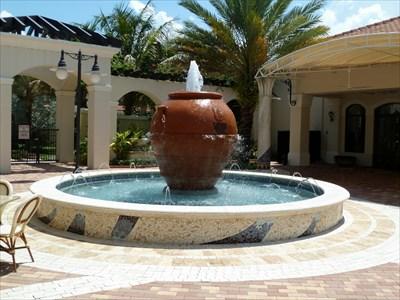 Monto Fountain Palm Beach Gardens Fl Fountains On Waymarking