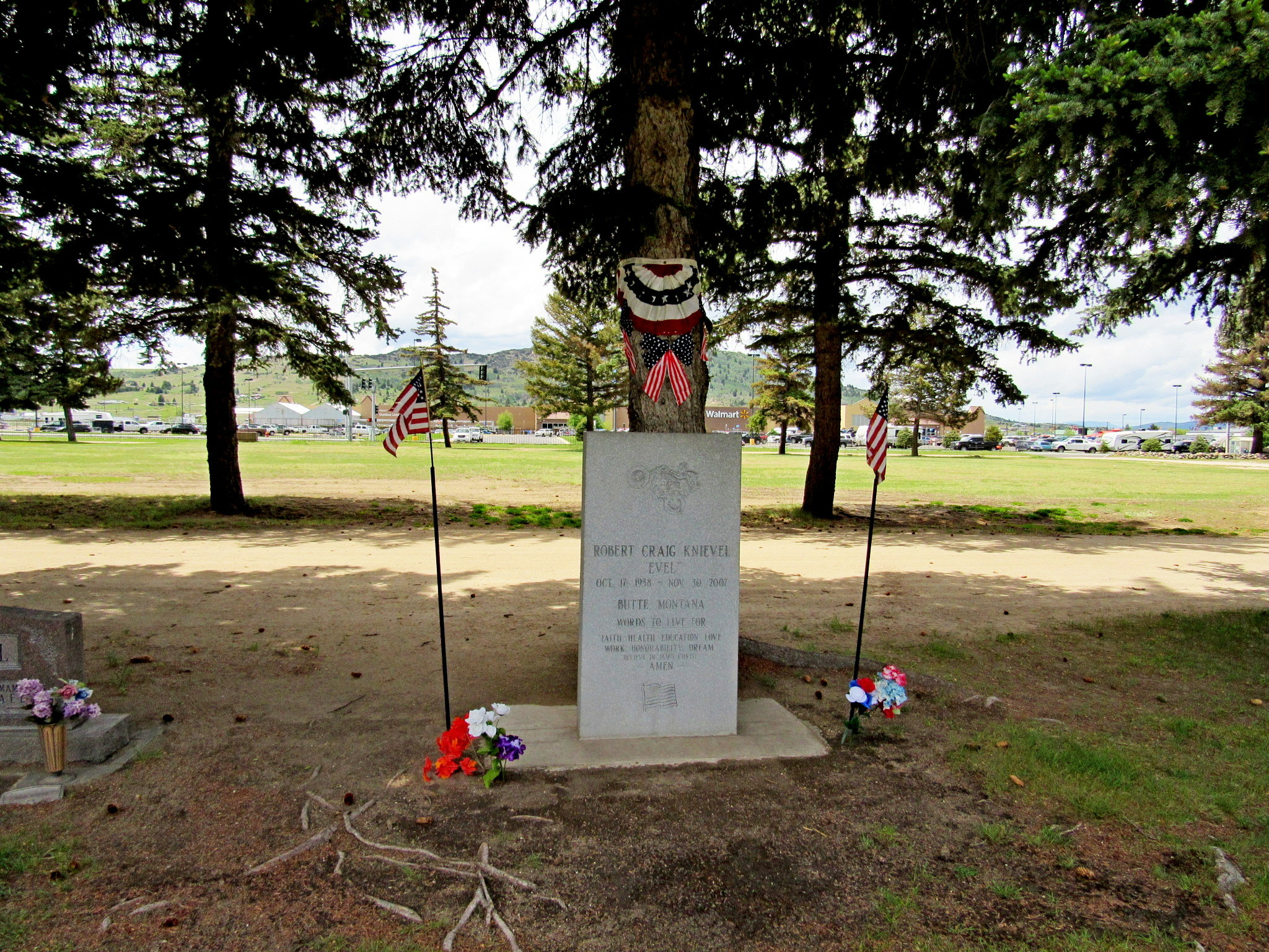 Murdercycles Evel Has Jumped The Shark: Grave Of A Famous Person On
