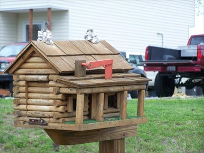 Log Cabin Themed Homemade Mailboxes On