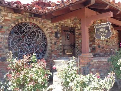 Magic Lamp Inn - Rancho Cucamonga, California, USA.