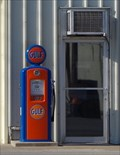 Image for Vintage Gulf Gas Pump- Macon MO