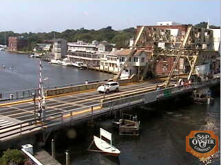 Mystic webcam - Mystic River Main Str. and Drawbridge webcam, Connecticut, New London County