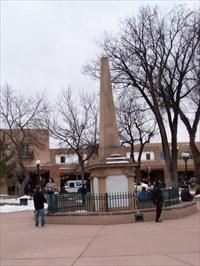 Santa Fe Plaza Obelisk Santa Fe New Mexico Obelisks On Waymarking Com