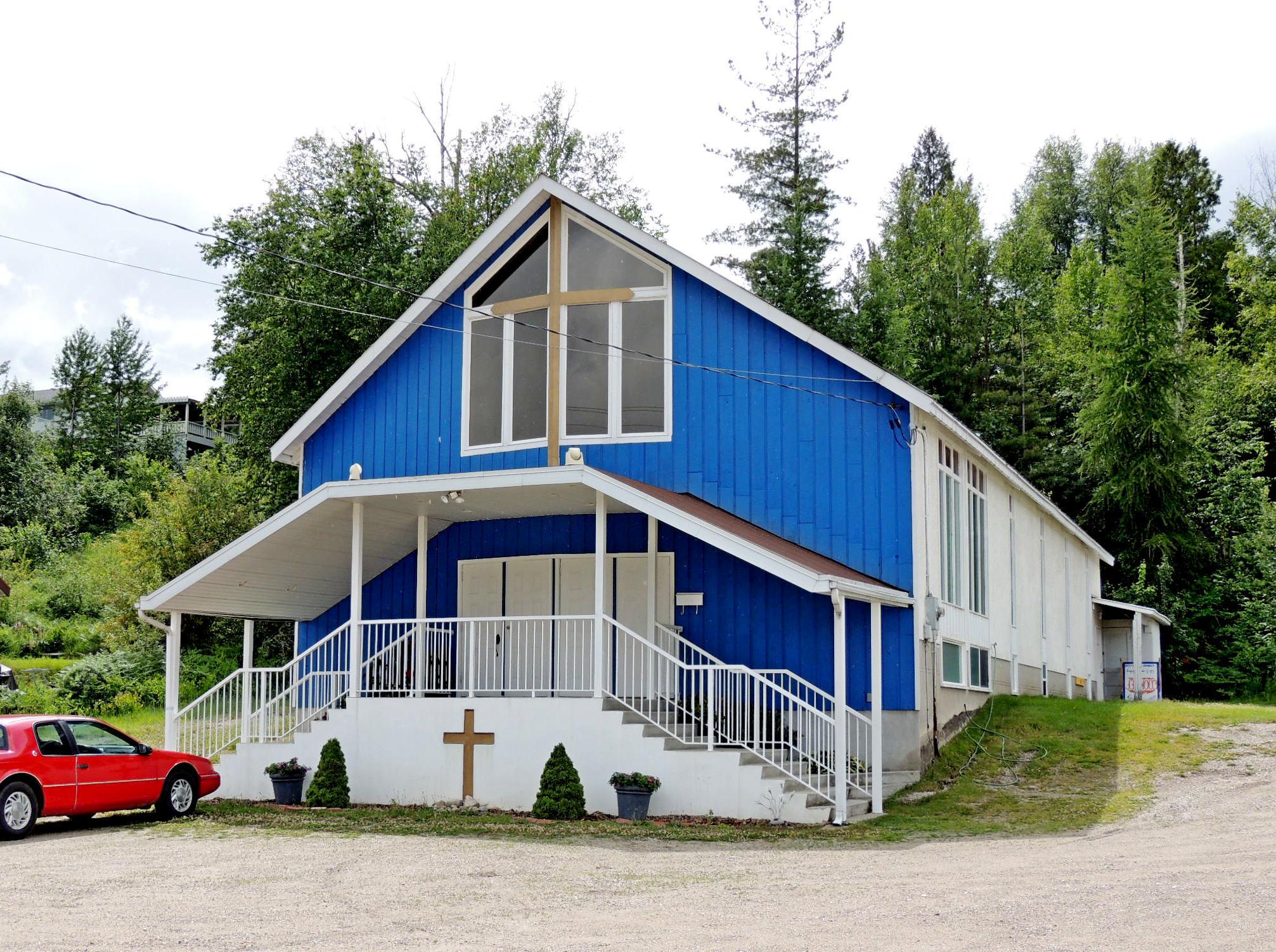 Kinnaird Church of God - Castlegar, BC Photo