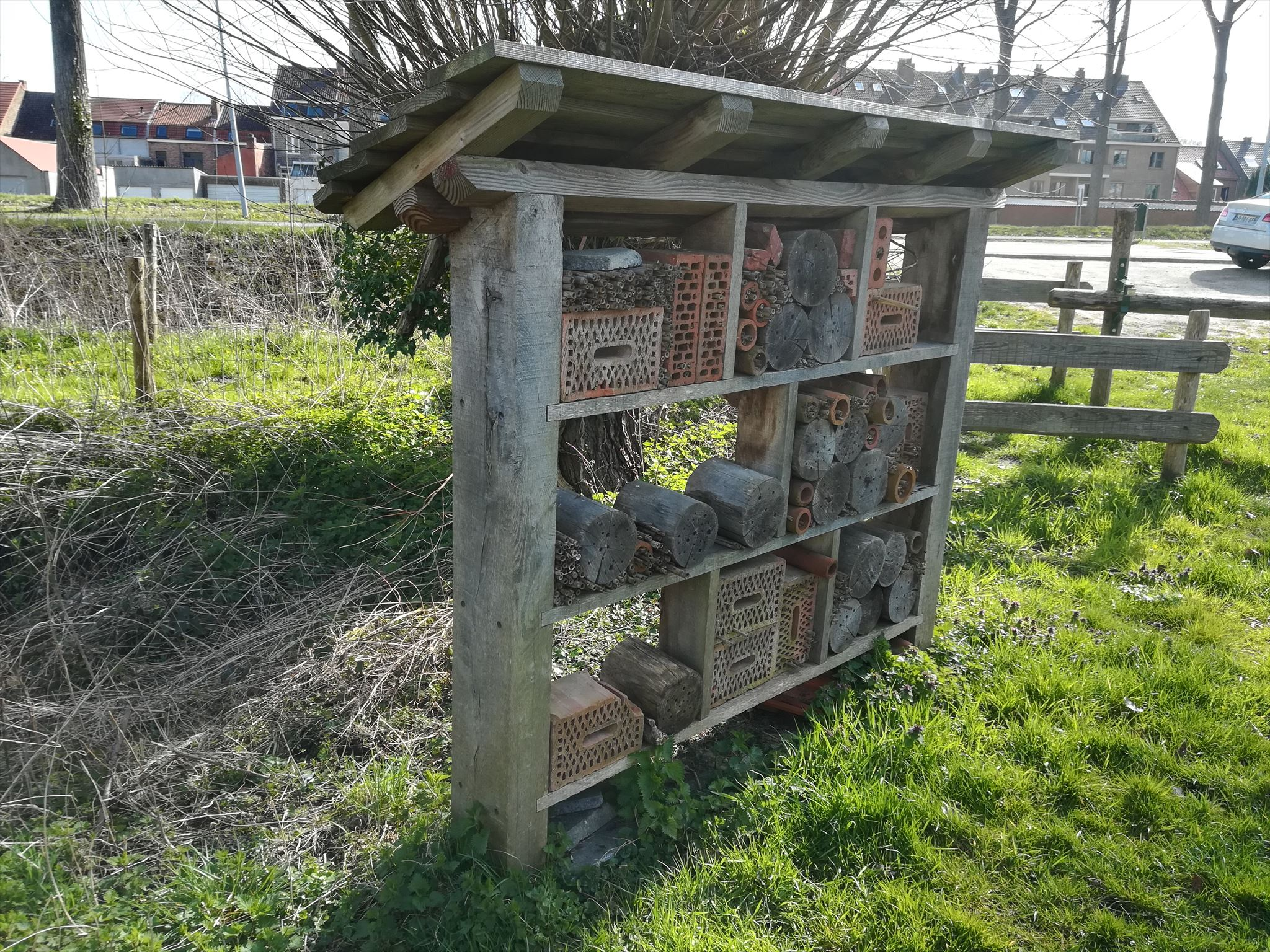 H tel insectes brugge belgium insect hotels on - Hotel a insectes ...