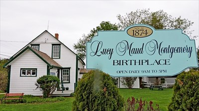 Lucy maud montgomery birthplace new london pei for Pei home builders