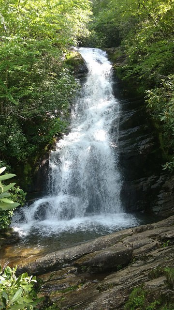 Photo taken from the middle below the first falls.