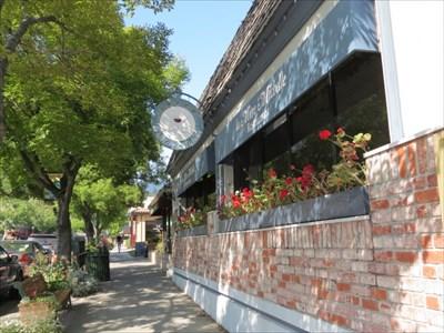 La Mere Michelle Setting, Saratoga, CA