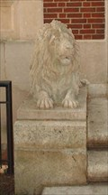 Image for Court House Lions, Warrenton, Virginia
