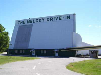 Melody cruise in springfield ohio drive in movie for Drive in movie theaters still open
