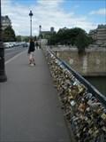 Image for Love-locks return to the bridges of Paris - Paris, France
