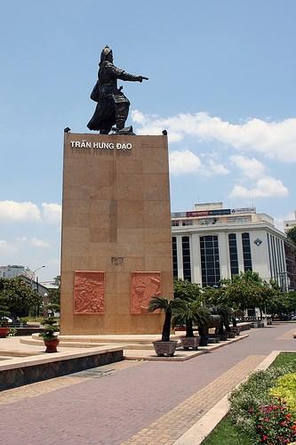 Tran Hung Dao Statue Ho Chi Minh City Statues Of Historic Figures On Waymarking Com