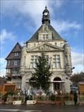 Image for Les cachots de l'hôtel de ville de Péronne sont-ils hantés?  France