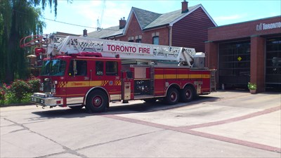 Fire Truck # A315 - Toronto, Ontario, Canada - Fire Fighting