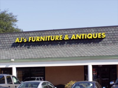 Jacksonville Furniture on Aj Furniture And Antiques   Jacksonville  Florida   Antique Shops On