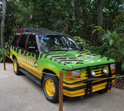 Jurassic Park - Ford Expedition