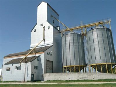 Netley Grain Elevator Netley Mb Grain Elevators On