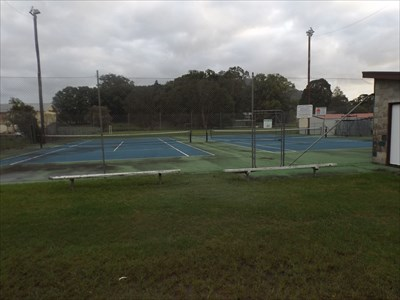 Two courts for hire, Moorland, NSW