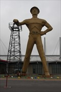 Image for LARGEST -- Freestanding sculpture in the world, Tulsa OK